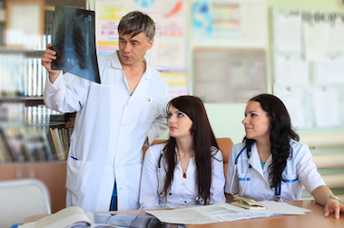 Réforme des études médicales : suppression de la PACES, et après ?
