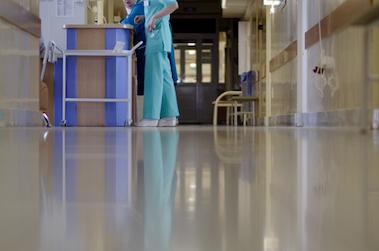 Des annonces pour l'hôpital, mais pas grand chose pour les soignants